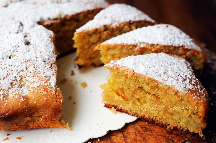Torta Matilde con mandorle e nocciole senza burro, dolce facile e veloce, con farina integrale, senza latte, soffice, profumato, torta da merenda, dolce leggero
