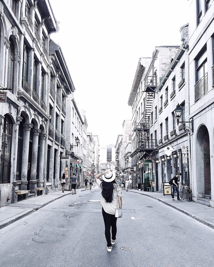 Travel Guide : Montreal - Shopping, Old Montreal + Food   Homey Oh My!   Pin curated by @poppytalk for @explorecanada