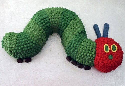 caterpillar cake - this one is most similar to the cake that I'll be making for DS' birthday next month!  I hope it turns out this well!!!