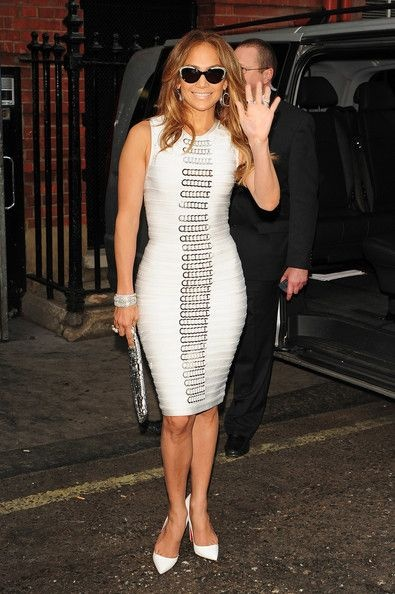 Jennifer Lopez looks amazing in this dress. Buy a similar one at our website http://needthatstyle.com