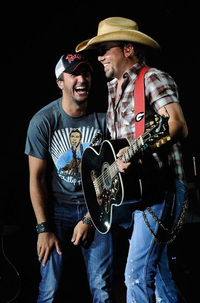 Luke Bryan and Jason Aldean <3