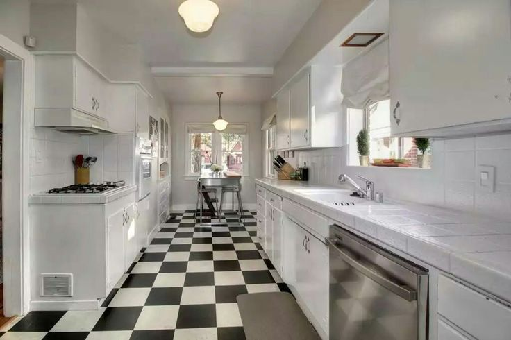 Traditional Kitchen with Breakfast nook & Glass panel in Sacramento, CA