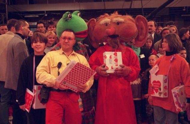 W 1997 roku podczas Finału WOŚP pojawili się w studiu nawet Kulfon i Monika (fot. I. Sobieszczuk TVP)