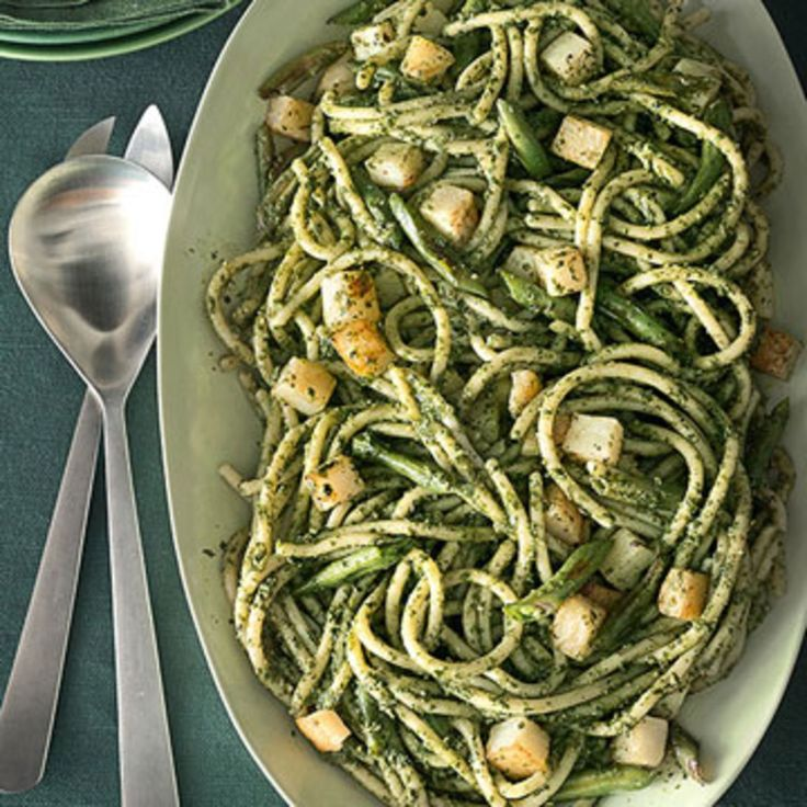 Pici with Pesto, Roasted Green Beans and Potatoes - Rachael Ray Every Day