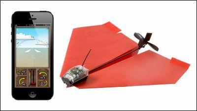 Pocket : 紙飛行機をスマートフォンで操縦可能なラジコンに変える「PowerUp 3.0」