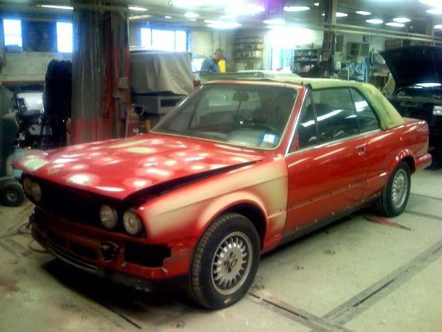 Best 25 e30 convertible ideas on pinterest bmw e30 for Garage bmw chambery 73