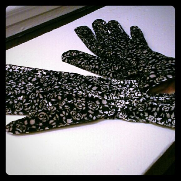 Thinsulate Gloves Floral print Thinsulate Accessories Gloves & Mittens