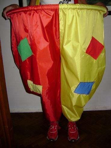 Pantalon de payaso para emboque de pelotas Pantalón de payaso para emboque de pelotas. Paracaídas en tela de avión,túneles, juegos de ... http://olivos.evisos.com.ar/pantalon-de-payaso-para-emboque-de-pelotas-id-754209