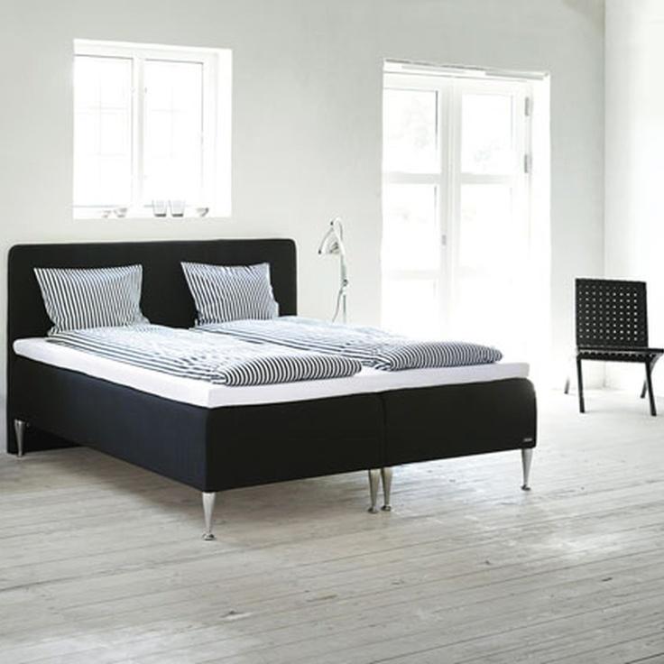 Loft-henkeä ja Relaxation Basic -vuode. #makuuhuone #sänky #sisustus #tempur