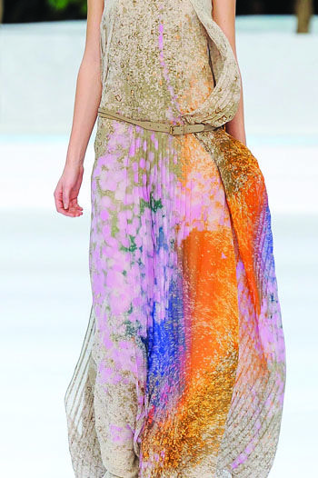 Akris, Spring 2009: Floral Prints Women Dresses, Summer Dresses, Color, Fringes Dresses, Spring 2009, Beaches Wear, Fashion Women, Paintings Brushes, Fashion Fabrics
