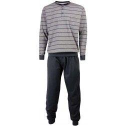 Donkere horizontale lijntjes op de lichtgrijze top van heren pyjama met zwarte broek
