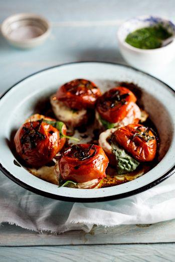 Roasted Caprese Tomatoes with Basil dressing. #Vegetarian #Recipe