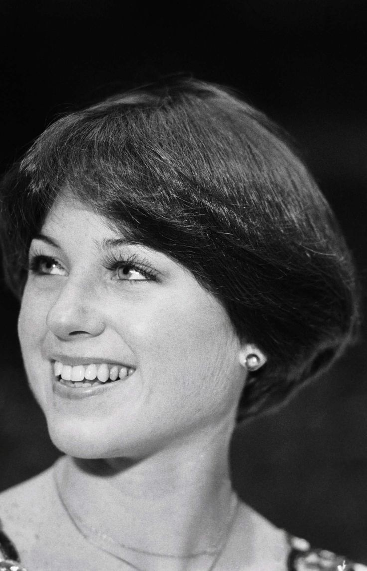 free hair style just before the 1976 winter olympics dorothy hamill had 4523