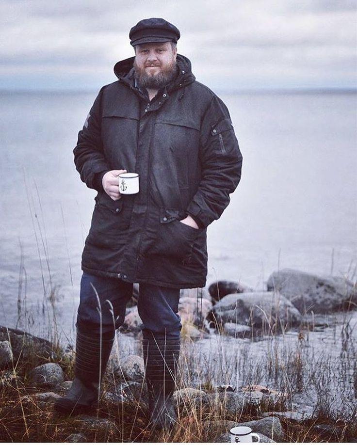 Sea bear sea side fika 👌🏻⚓️ Enojy your Sunday your way! Regram from @archipelago365 #lionsandcranes #lionsocranes #fika #enamelmug #enaljmugg #skärgård #archipelago #design #svenskdesign #swedishdesign #nordicdesign #scandinaviandesign #sunday...