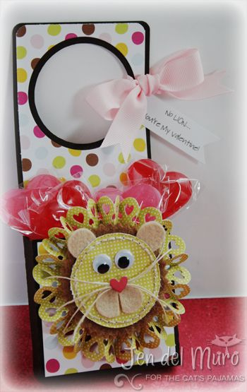 for any occasion, this treat holder is cute, cute, cute!