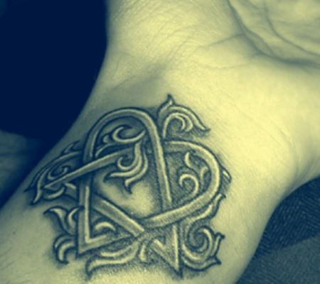 530 best images about tat ideas on pinterest wing for Badass angel tattoos