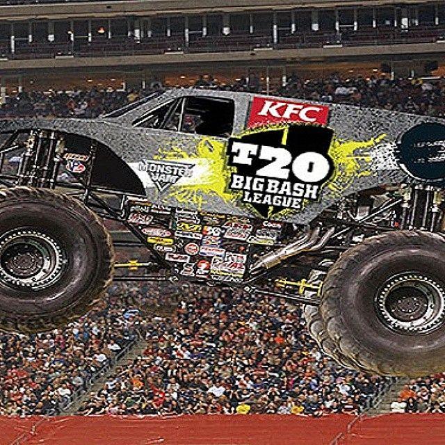 Monster truck madness from www.monstertruckdiscovery.wordpress.com where there are monster truck videos for kids and images of monster trucks racing #monstertruck #monsterjam