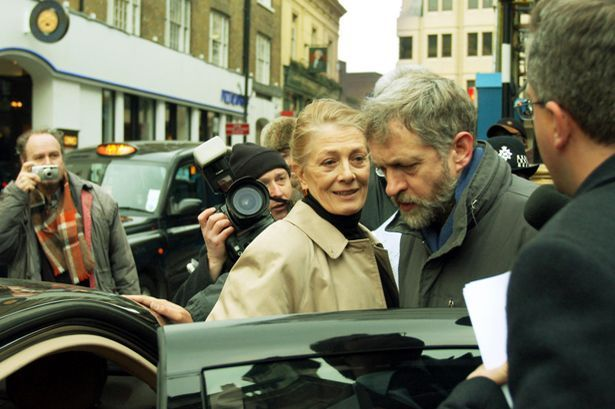 Cause: Corbyn with Vanessa Redgrave at a court hearing for Chechen rebel Akhmed Zakayev
