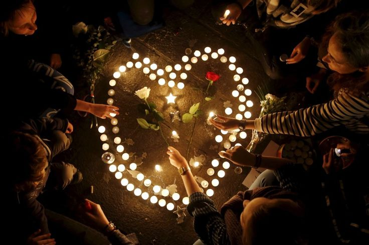Photo Gallery: Around the World, Tributes to Victims of Paris Attacks.