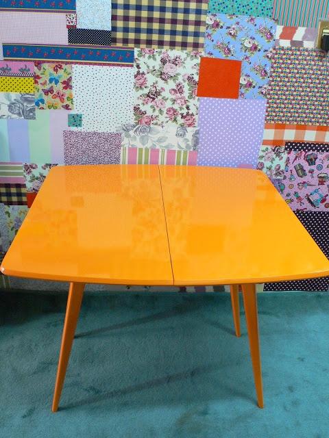 Rota Artesanato Ubatuba ~ Ateliando Customizaç u00e3o de móveis antigos Aparadores Aparador anos 50 que vira mesa de