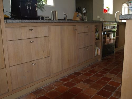 Eiken Keuken White Wash : Landelijke moderne eiken keuken met houten laden en