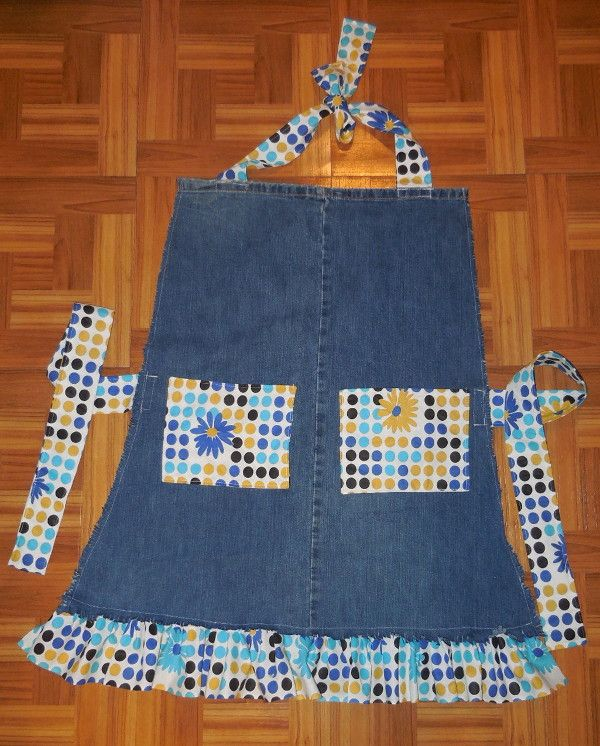 Upcycled jeans into an apron!