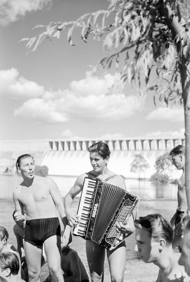 Some of the first refugees to arrive in Australia enjoying themselves on the banks of the Hume Weir, 1947.
