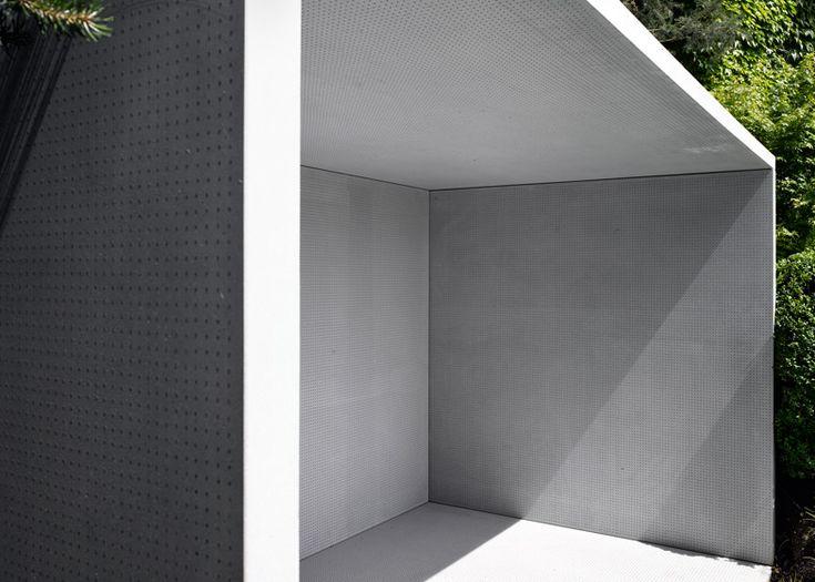 Gianni Botsford uses translucent concrete for Smoking Pavilion