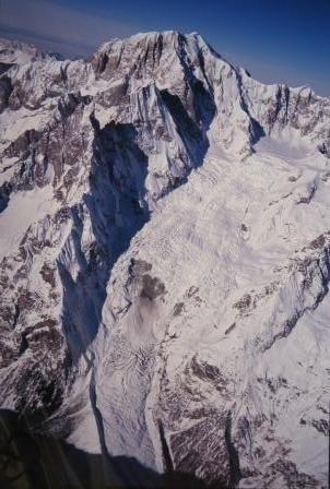 モンブランの裏と氷河