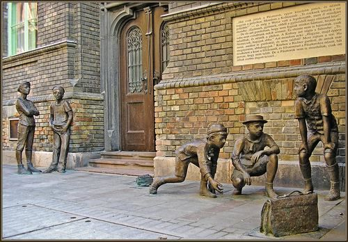 """The """"Pal Street Boys"""" on Pal Street in Budapest, a graphic symbol of Hungary's most famous novel by Jewish writer and author, Ferenc Molnar (Neumann)"""