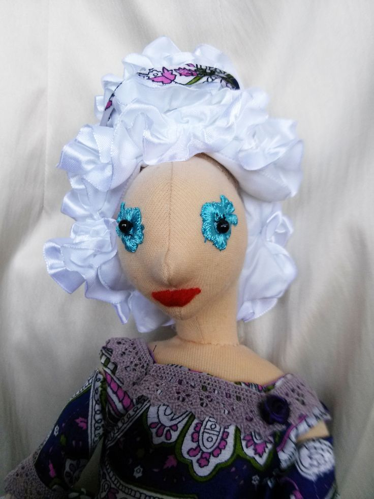 Lila ruhás rokokó Leonóra