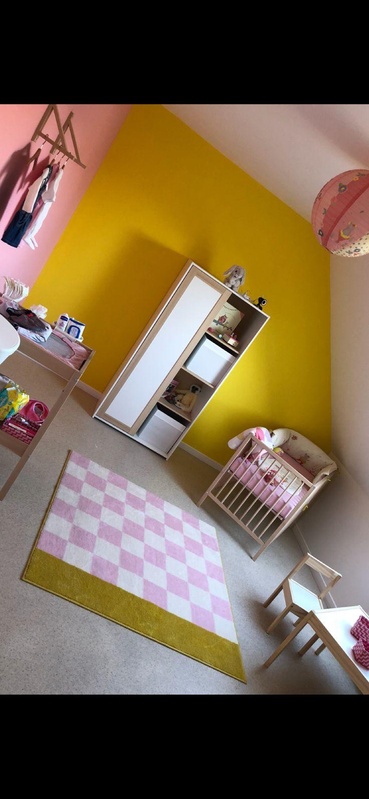 Chambre fille #ikea #sniglar #moulinroty #jaune #rose