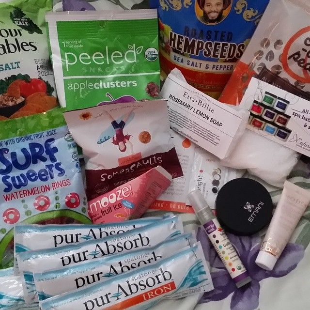 In August, we snacked on the tasty summer treats! Check out some of the great brands included in the August Snack Box.  Summer is close to over, but we'll be snacking into fall. Be sure to sign up for the September Snack Box: http://bit.ly/vegansnackbox
