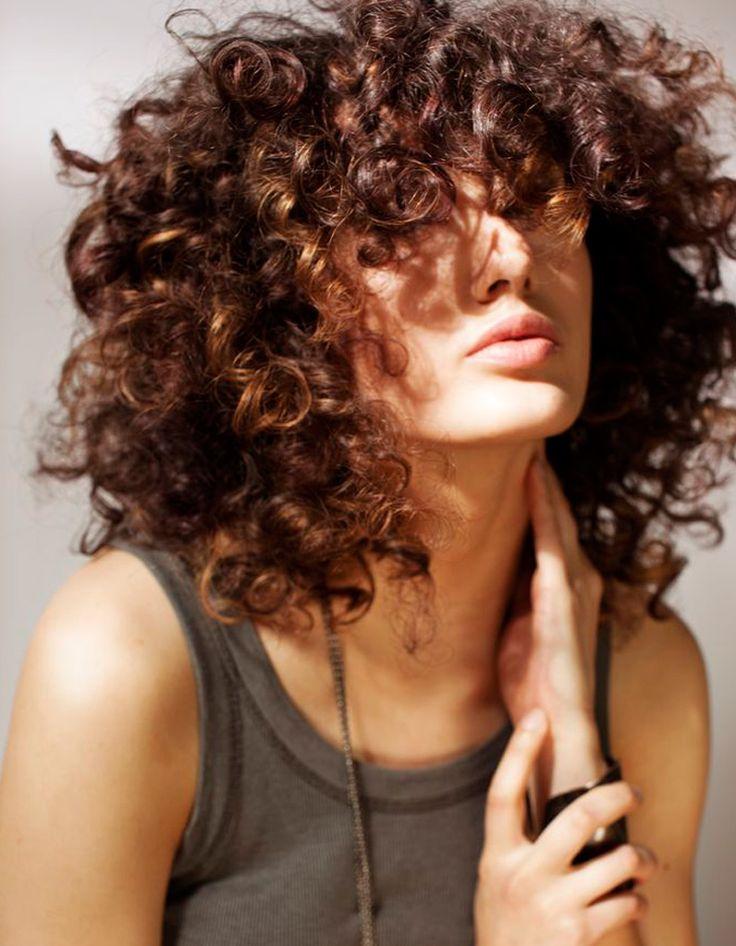 Ide Coiffure Cheveux Friss Mi Long Simple Updo Improvise