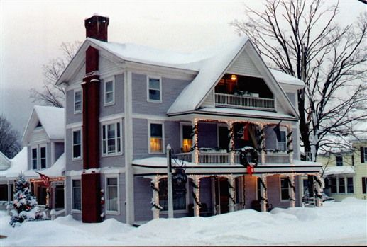 The Old Stagecoach Inn...Waterbury, Vermont.....Our Honeymoon February, 2000!!!!....LOVED it!