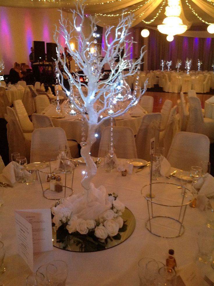46 best images about table centrepieces on pinterest for Table centrepiece