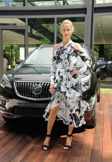 Carolyn Murphy – Sound Bath for Buick Envision