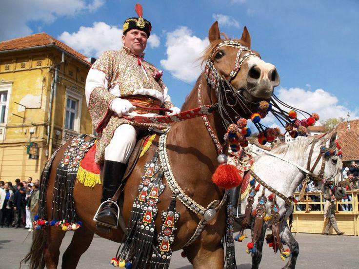 Galerie foto Ţara Bârsei - folclor Folclor şi artă populară în Ţara Bârsei - Tur Cultural Brasov