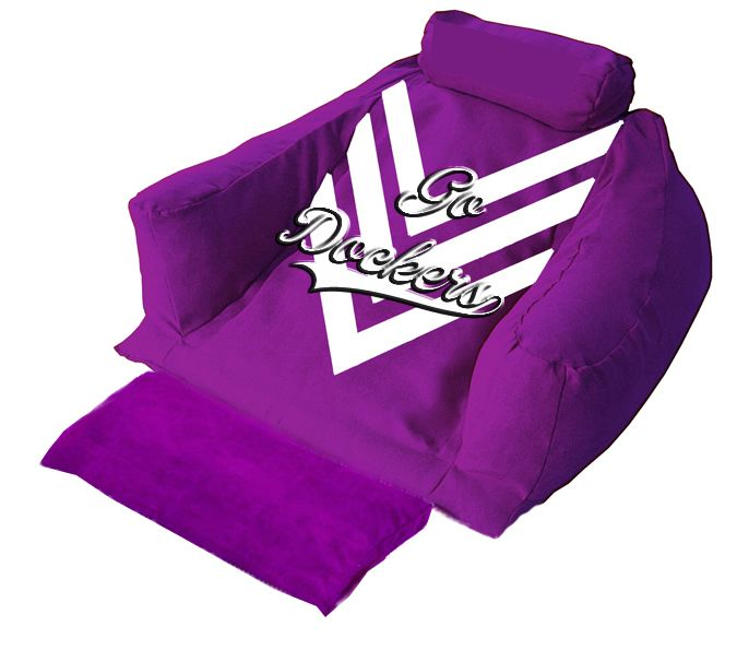 Game nights are much better if spent with good friends and in the comfort of a Wedg-eze support lounger in Dockers' colors  #godockers #AFL #wedgeze