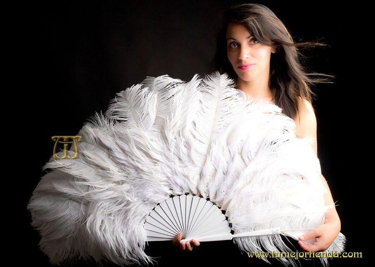 Hermoso abanico de plumas danza burlesque