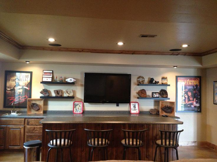 Home Wet Bar Ideas: Baseball Themed Basement Wet Bar