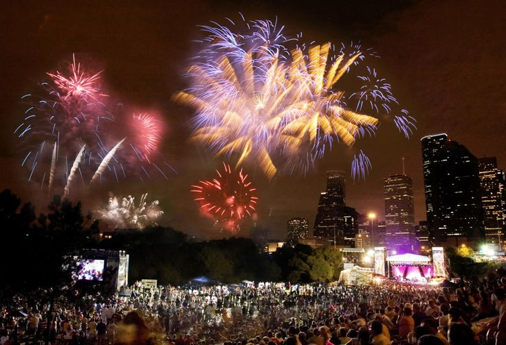 Find great events and things to do in Houston, Texas this July 4th holiday, including watching fireworks, live concerts, parades and performers.