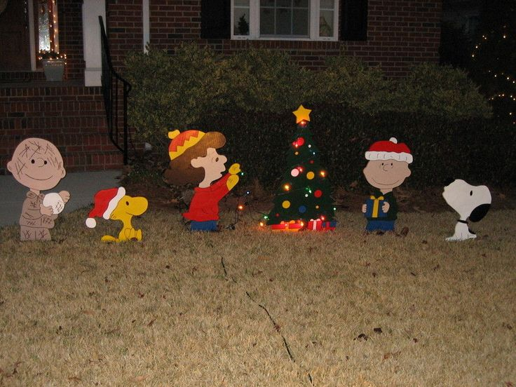 41 best Holiday Ideas images on Pinterest Outdoor christmas - peanuts outdoor christmas decorations