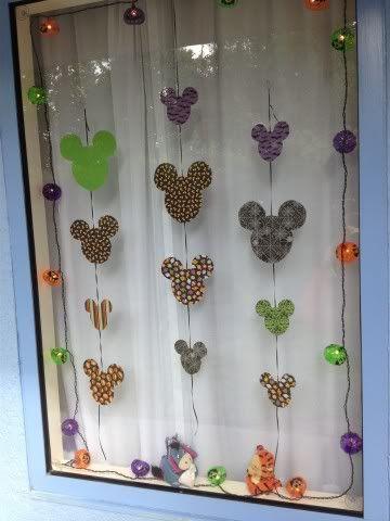 Halloween Window Idea