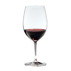 Riedel Vinum Cabernet Sauvignon / Merlot -   Perfect for young, full-bodied (more than 12%), complex red wines that are high in tannin. This glass emphasizes the fruit, allowing wines to achieve a balance that would normally take years of ageing to acquire. The generous size of this glass allows the bouquet to develop fully. The shape directs the flow of wine onto the zone of the tongue which perceives sweetness, thus accentuating the fruit and de-emphasizing the bitter qualities of the…