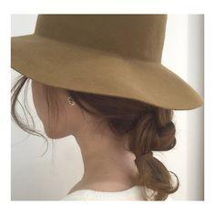 """脱いだ後もぺたんこ髪にならない!夏の""""帽子に合う""""簡単可愛いヘアアレンジ"""