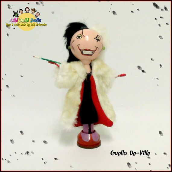 Hey, I found this really awesome Etsy listing at https://www.etsy.com/listing/247905186/cruella-deville-peg-doll-from-fabi-dabi