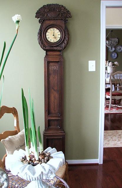 Antique clock.....love!!