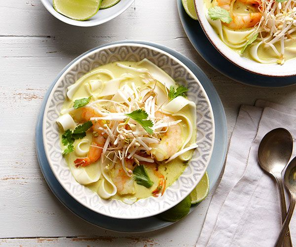 Coconut Curry Rice Noodles with Shrimp (replace shallots with green onion tops)