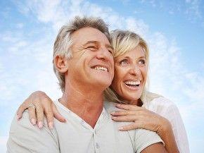 Po 60-tce temperamenty się zgrywają. I o ile panuje moda na kult dbania o zdrowie, o tyle kult dbania o udane życie erotyczne dojrzałych osób to jeszcze przyszłość. A przecież pary w takim wieku mogą czerpać przyjemność z seksu. http://www.eksmagazyn.pl/wazny-temat/seksowny-temat/okiem-specjalisty/po-60-tce-temperamenty-sie-zgrywaja/ #seks